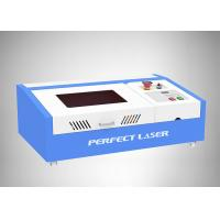 Working Area 300*200mm CO2 40W Small rubber stamp laser engraving machine for sale