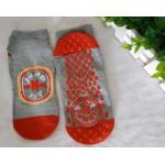 China Trampoline Park & Rock Climbing Adventures Jumping Socks Non Slip Trampoline Socks For Child Indoor Activity for sale