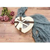 Special Chocolate Flower Cardboard Box Packaging Heart Shaped With Window for sale