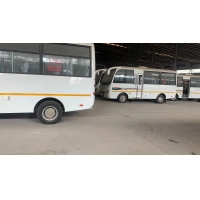 19 Seats 2015 Year Used Mini Bus With RHD Steering for sale